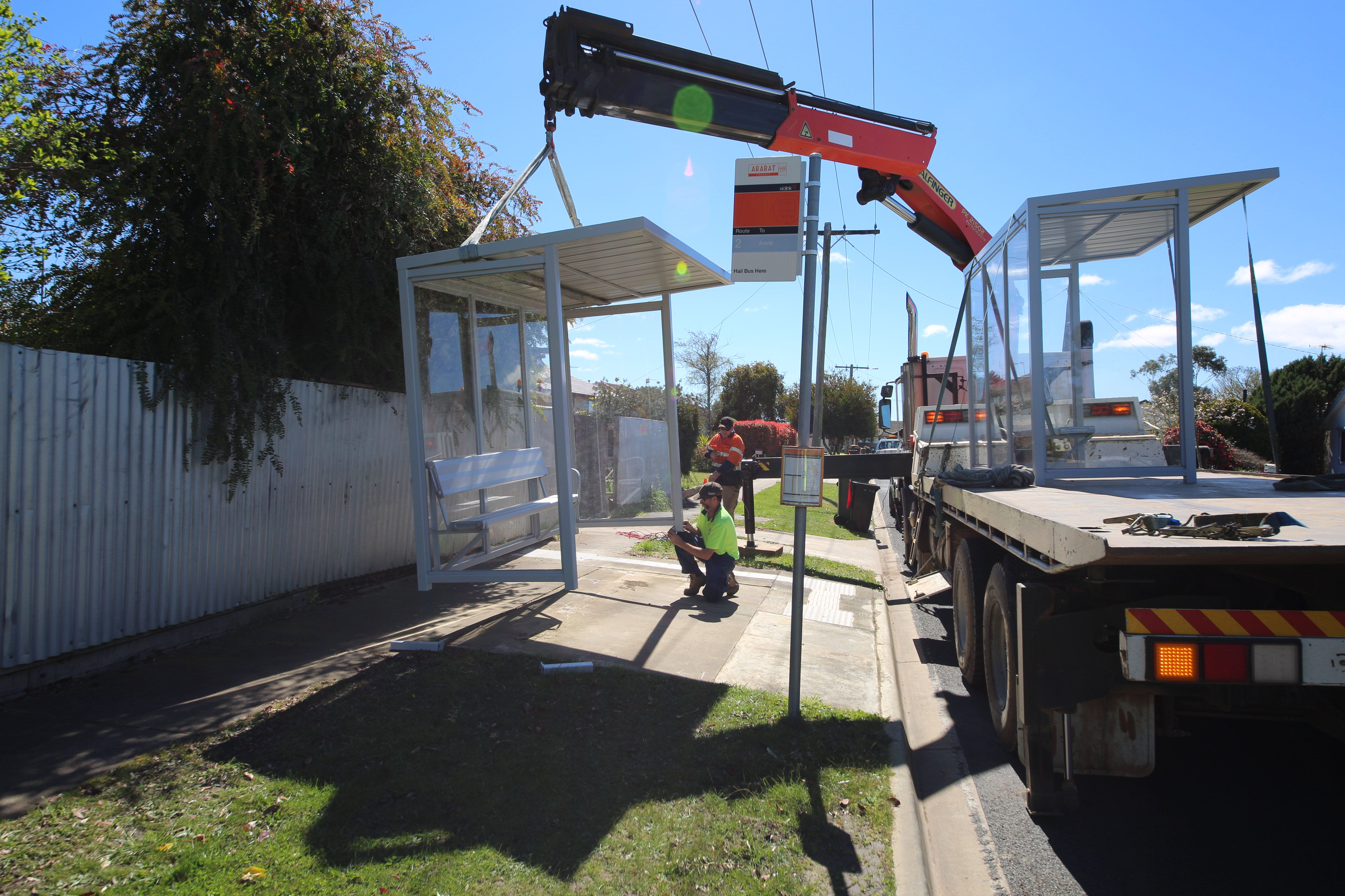 Eight new bus shelters installed in Ararat