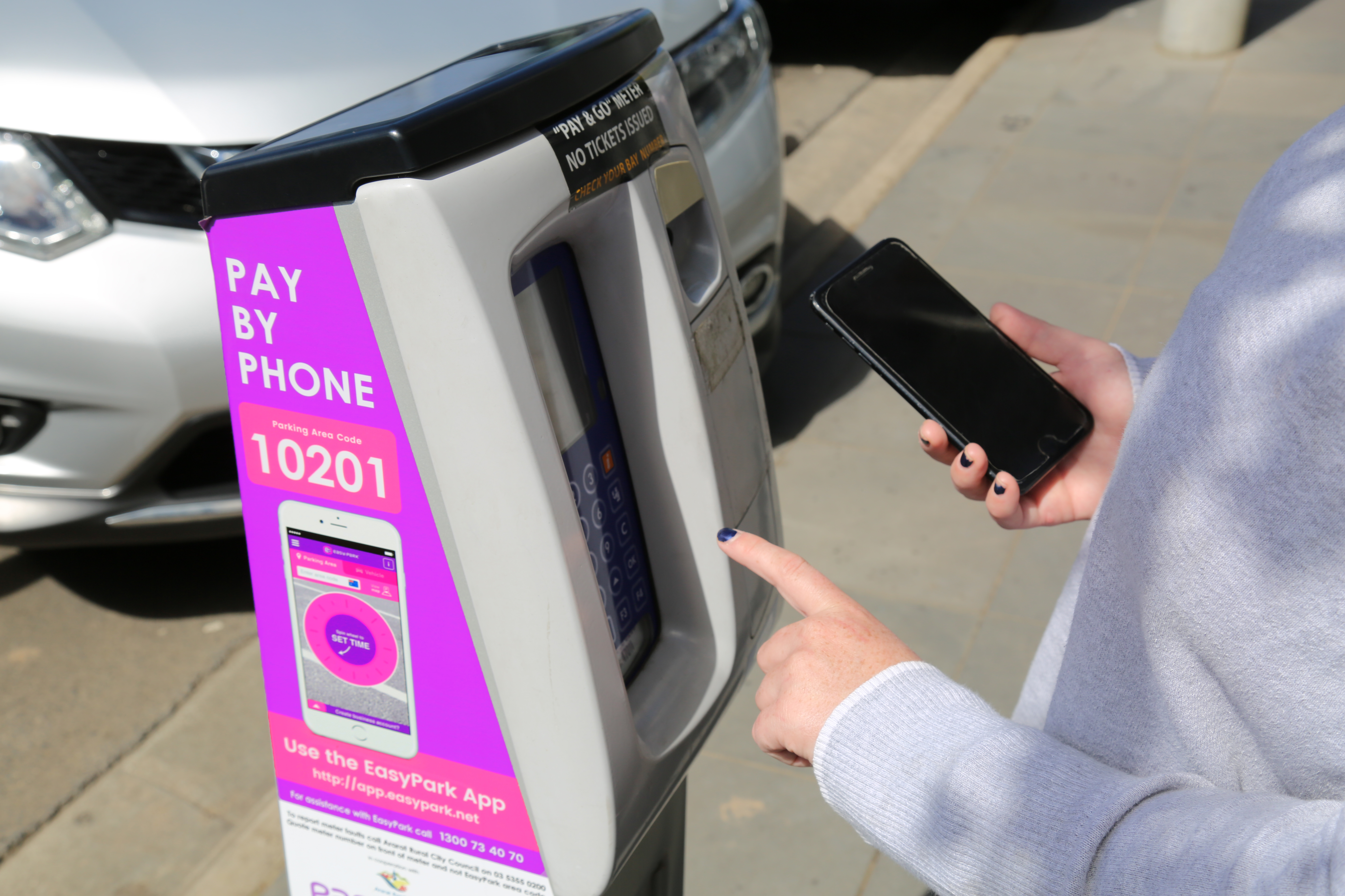 Parking meters back up and running in Barkly Street