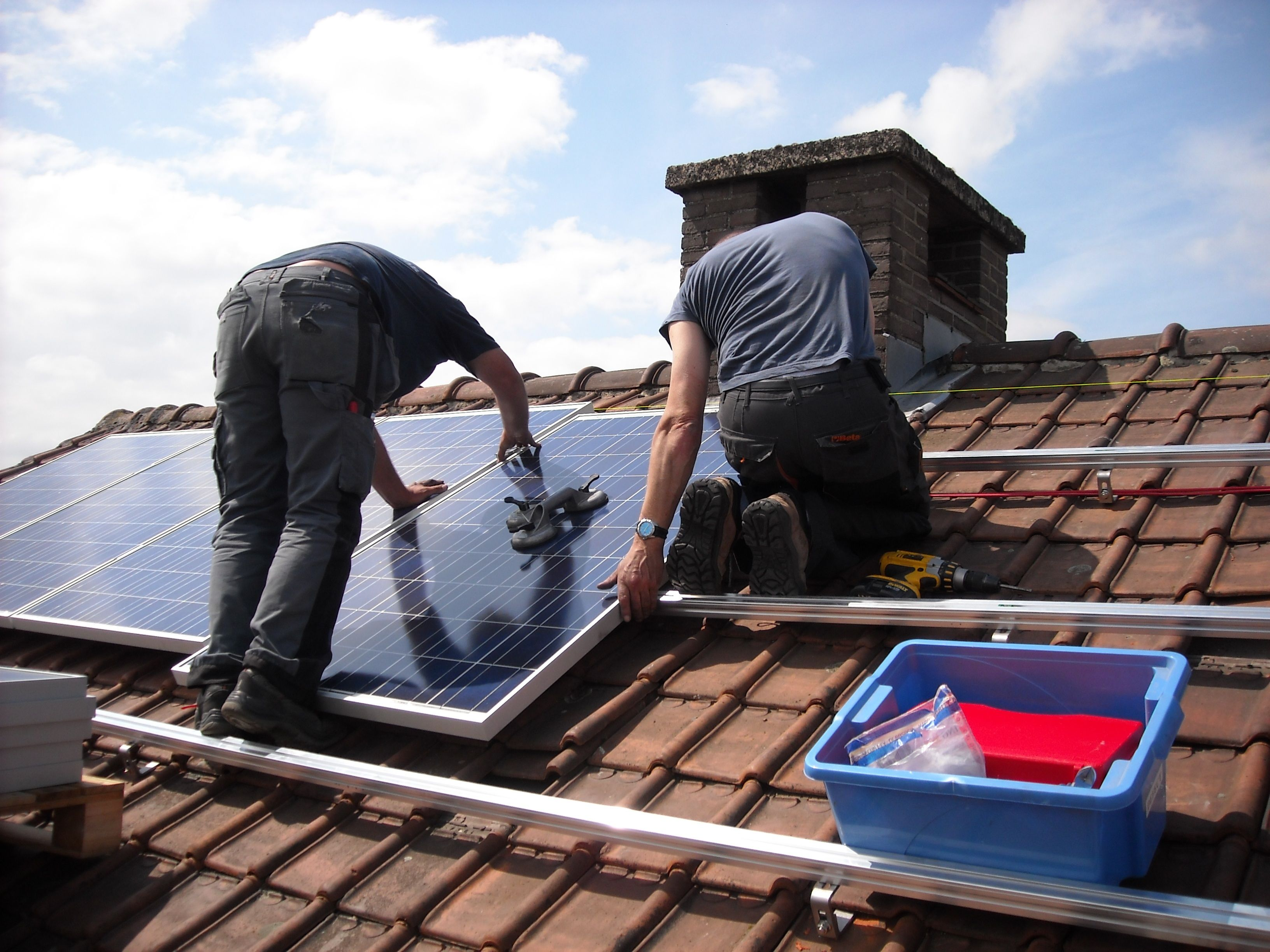 Council to help pensioners go solar and cut power bills